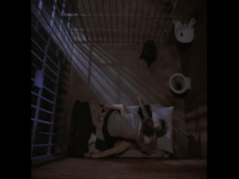 Сцена из фильма Jackson County Jail