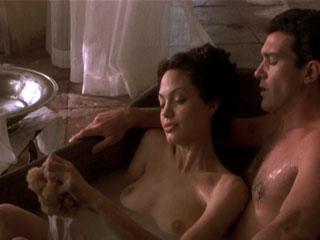 Секс розамунд пайк