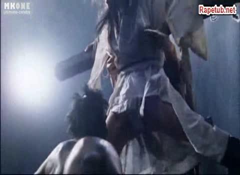 Распяли девушку на кресте, содрали одежду и трахнули.
