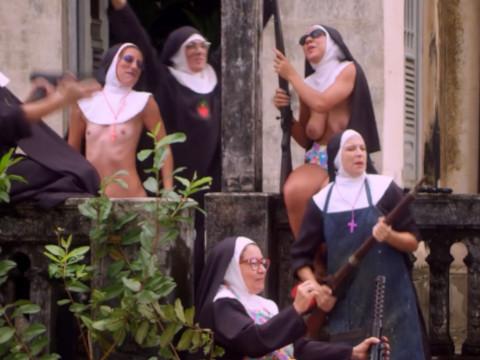 Извращенные монахини и коррумпированные священники