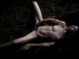 Секс сцена с элементами БДСМ и мастурбции.