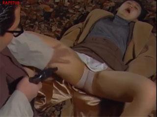 Сумасшедший японец заставил девушку сосать