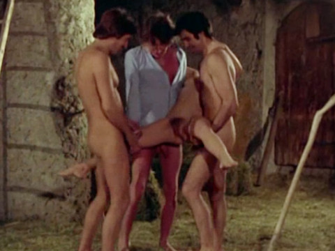Секс игры в маленькой деревушке