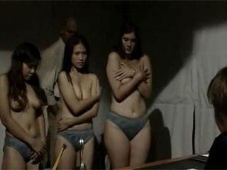 Принудительное занятие сексом и пытки в женской тюрьме
