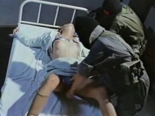 Похитители насилуют девушек и снимают это на видео