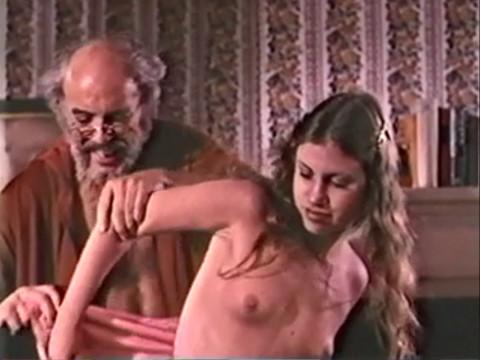 Дедушка преподал урок секса внучке