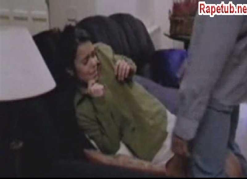 Жесткое изнасилование на деване