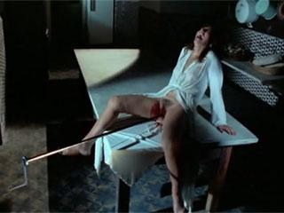 Фильм ужасов с элементами откровенной эротики