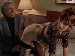 Проститутка показывает свое тело писателю. (история одной проститутки.)
