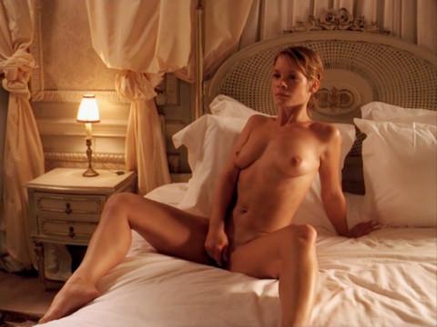 Фотограф собирает коллекцию женских оргазмов
