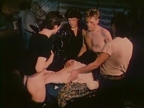 Документальные кадры секса в мужской тюрьме