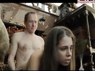 Порно фильм где женщина исполняет все приказание мужчин, дрочит голую бабу