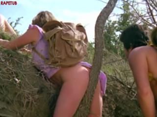 Пещерный человек крадет женщин-туристок для секса