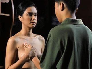 Подросток имеет половые контакты с женщиной старшего возраста