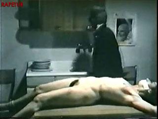 Пытки и насилие над женщиной