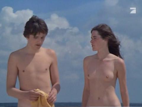 Документальный фильм о подростковой жизни