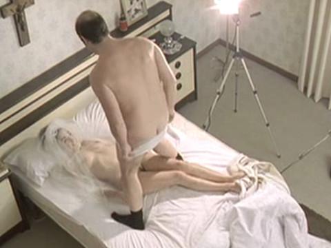 Муж снимает свою жену в порно