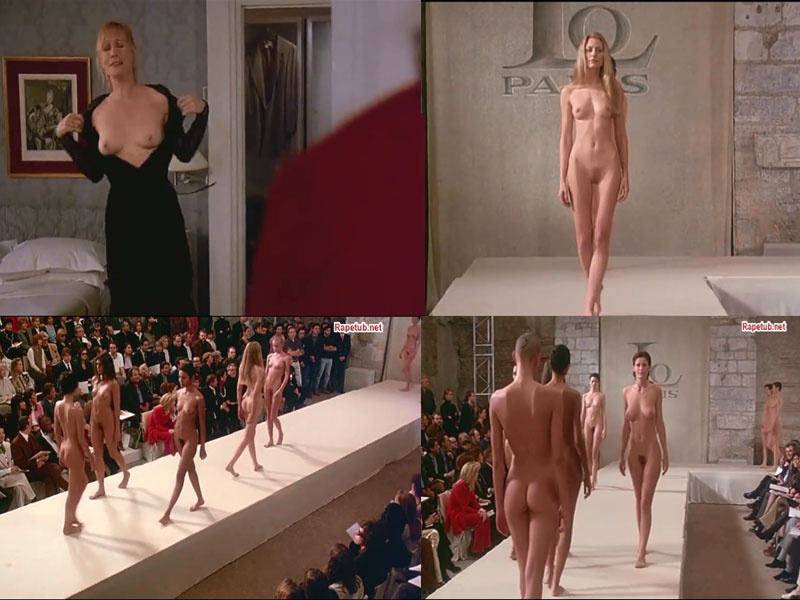 Видео танцев голых женщин на подиуме камера
